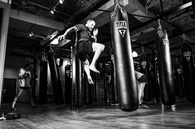 אמנויות לחימה - בואו ללמוד איך להילחם ולהגן על עצמכם